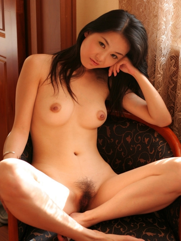 naked asian girl picture