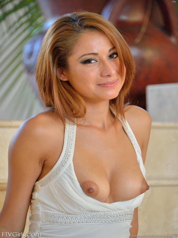 female-tits-naked