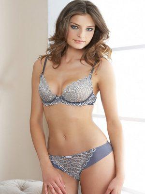 Hot babe in lingerie