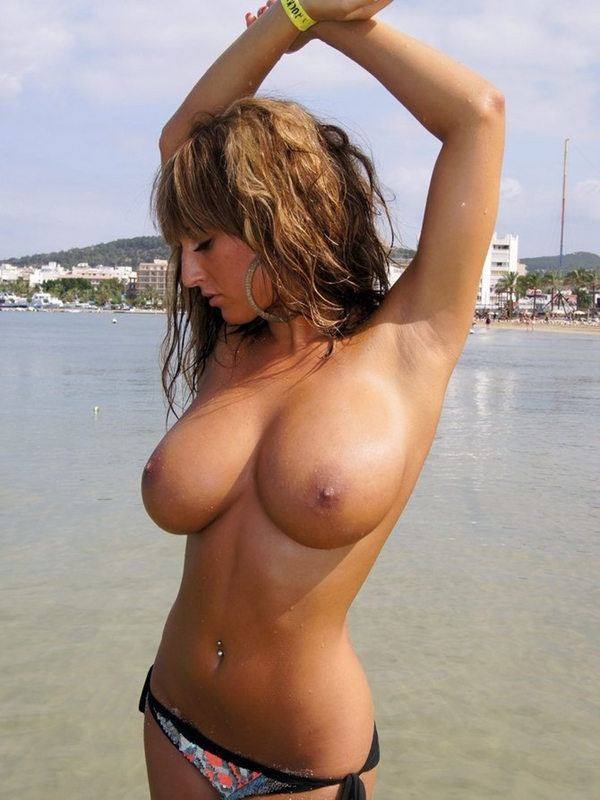Naked girls with huge boobs