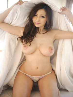 Kinky naked Asian