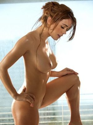 Wet and hot nude girl
