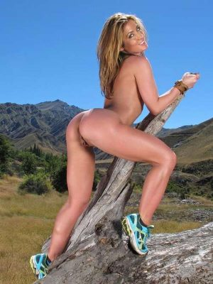 Horny naked mature woman